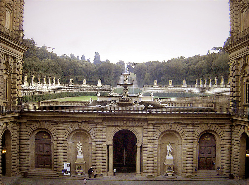 Palazzo Pitti - the Boboli Gardens and the amphitheater